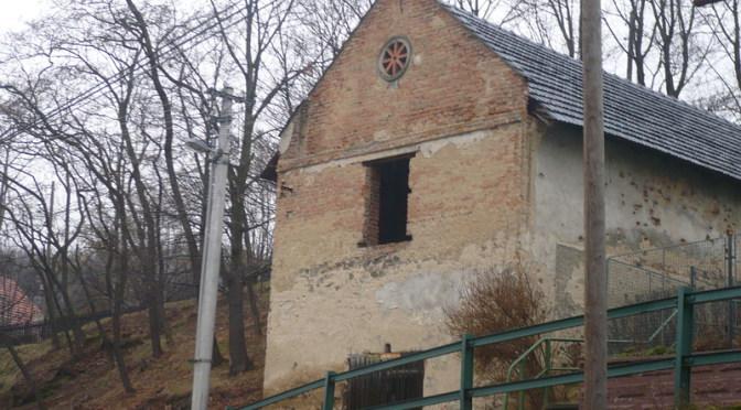 """AKTUALIZOVÁNO: Osud """"stařečka"""" pod kostelem"""