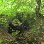 Starodávný kamenný můstek v Nadějově